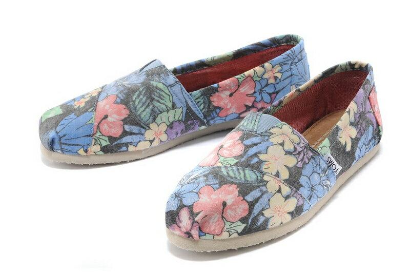 【TOMS】熱帶花朵平底休閒鞋  Faded Tropical Women's Classics 4