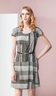 林廷芬服裝設計-Leah- 袖口開叉花色針織洋裝