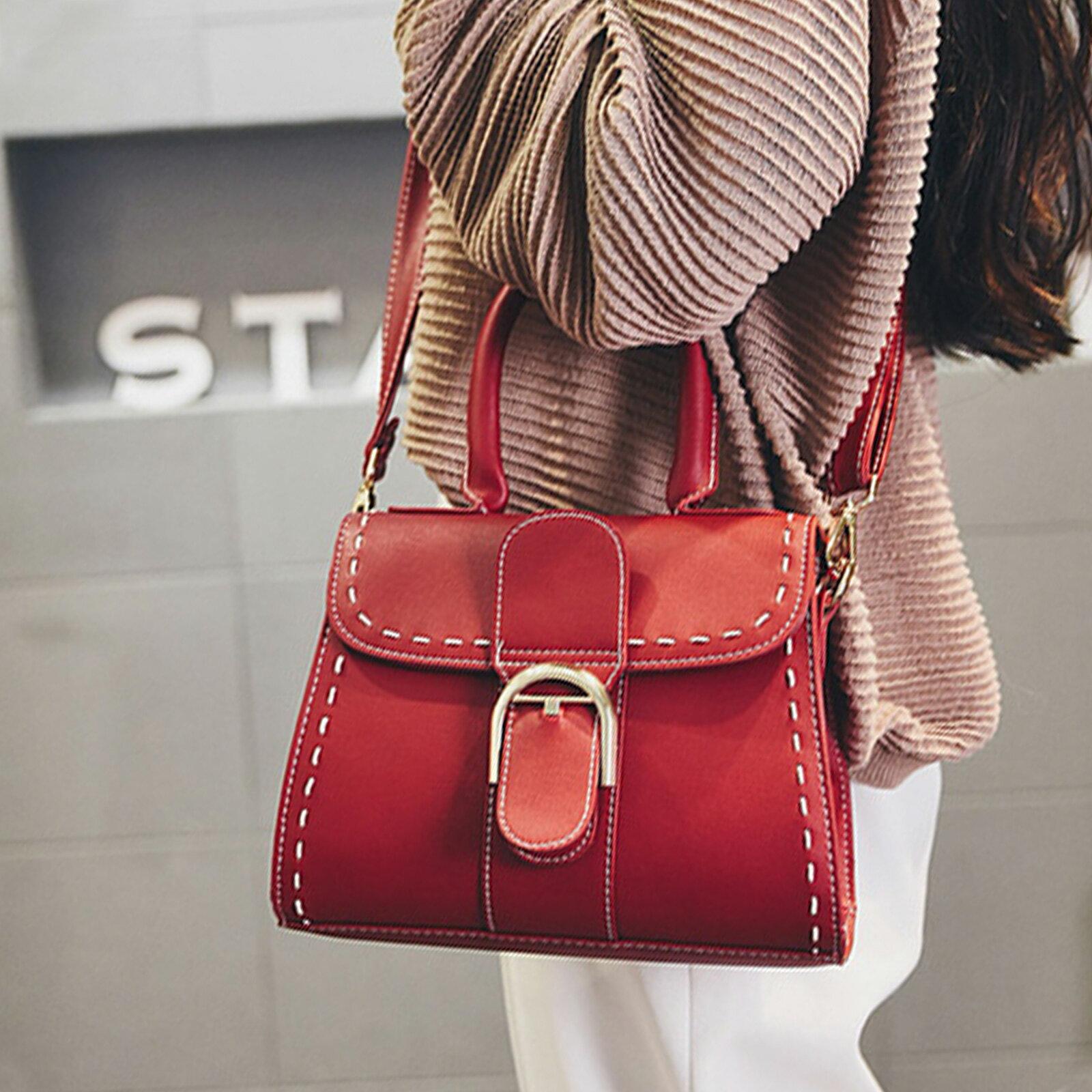 手提包 韓版時尚扣環小方包側背包【O3153】☆雙兒網☆ 1