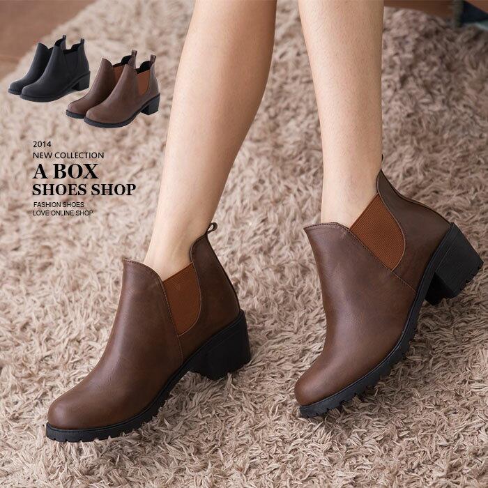 ★399免運★格子舖*【KWP9368】MIT台灣製 百搭實穿簡約素面皮革鬆緊設計 粗低跟短靴 2色 0