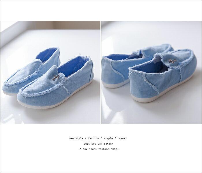 格子舖*【AR6608】嚴選無修邊裁縫設計 金屬十字架 帆布帆船鞋 懶人鞋 五色 3