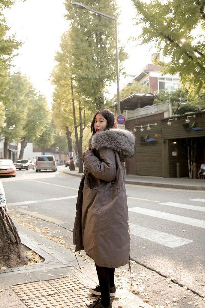 外套 超大毛領連帽內夾棉保暖中長款外套 艾爾莎【TAA1196】 2