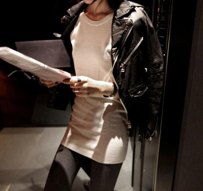 皮衣夾克 帥氣個性修身短版機車皮衣外套 艾爾莎【TAE2430】 2