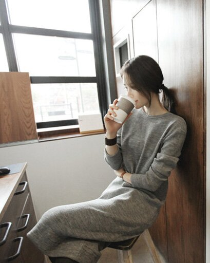 洋裝 針織顯瘦露背長袖蝴蝶結連身裙 艾爾莎【TAE2436】 2