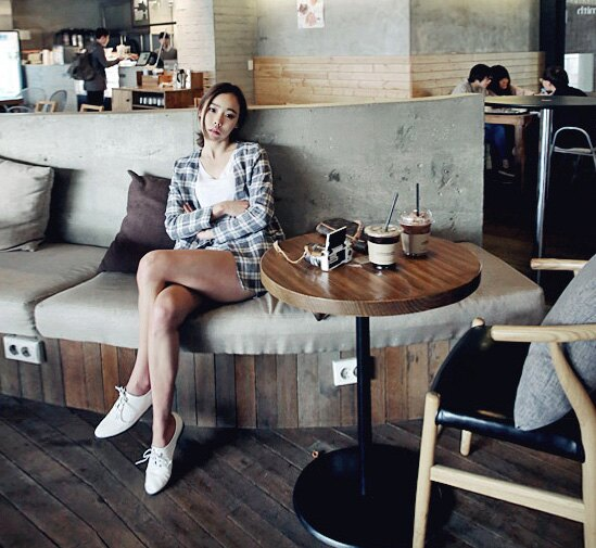 精品早秋秋裝 高尚品味格紋商釦V領外套+側拉鍊高腰短褲套裝 艾爾莎【THB3903】 2