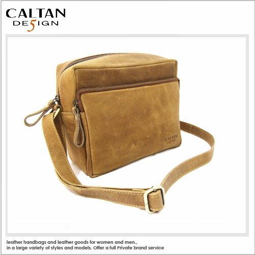 牛皮男女中性斜背包 相機包~CALTAN ~ 簡約輕巧拉鍊真皮復古相機小方包~5292ht