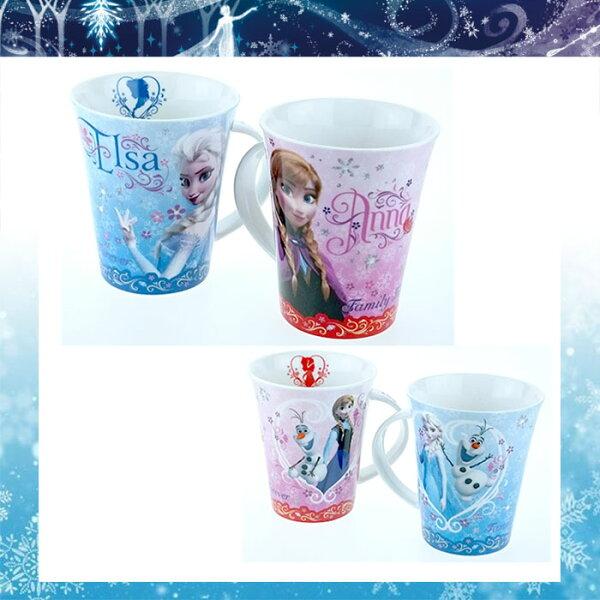 大田倉 日本進口正版 Forzen冰雪奇緣 艾莎 安娜 雪寶 陶瓷陶磁 馬克對杯組 情侶對杯組 296314