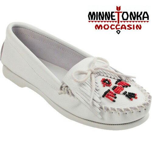 【Minnetonka 莫卡辛】光面皮白色 - 磨砂牛皮、平底 流蘇 蝴蝶結 串珠 雷鳥一代 0