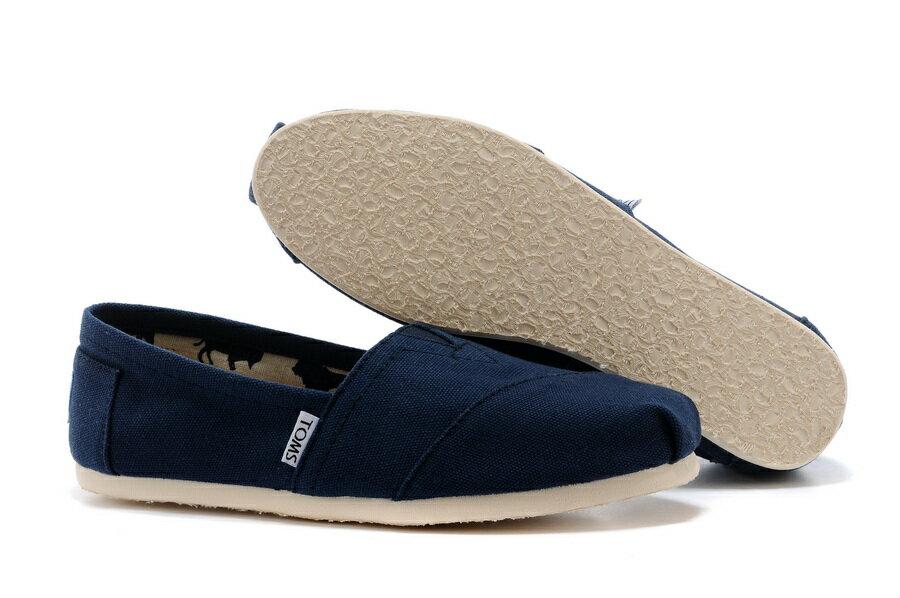 【TOMS】藍色素面基本款休閒鞋  Navy Canvas Women's Classics 5