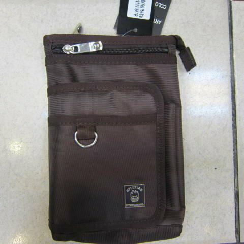 ~雪黛屋~SPITFIRE 外掛式腰包7.5寸防水尼龍布材質隨身物品專用包工作袋可肩背斜側可穿過皮帶多功能#2998 咖