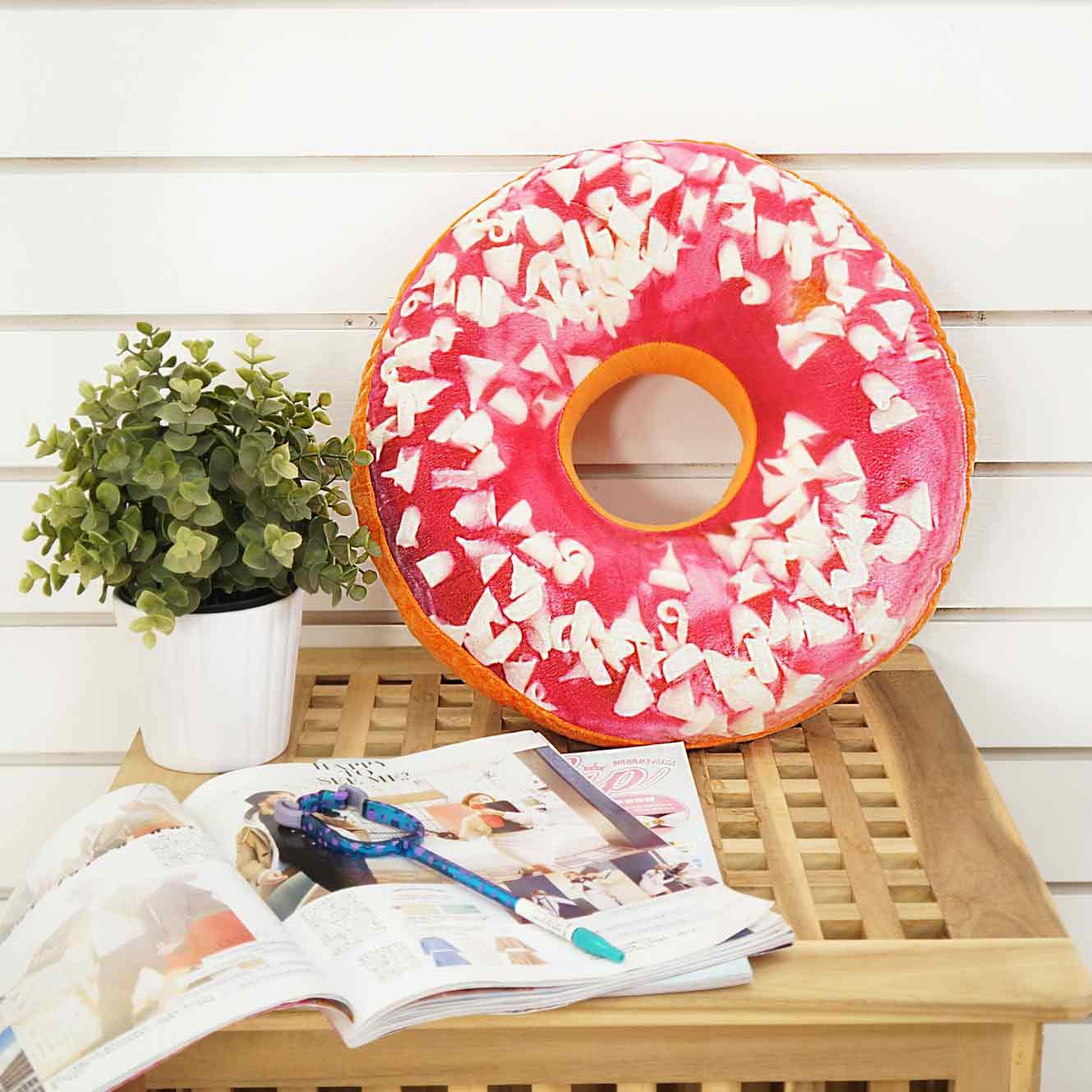 法蘭絨PP棉甜甜圈造型抱枕