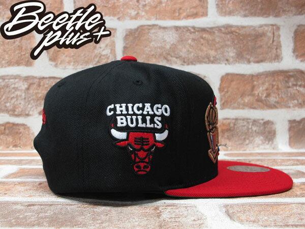 BEETLE PLUS MITCHELL&NESS NBA 芝加哥 公牛 BULLS 1998 總冠軍 FINALS LOGO 黑紅 SNAPBACK 後扣棒球帽 MN-243 1