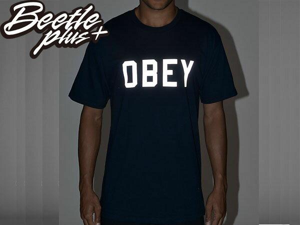 BEETLE PLUS 西門町經銷 全新 美國品牌 COLLEGIATE OBEY REFLECTIVE 3M 文字 反光 LOGO 深藍 美式 短TEE 163080825NVY OB-215 2