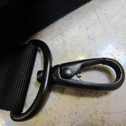 ~雪黛屋~YESON 防滑肩背帶 尼龍織帶搭配金屬釦具及人體工學釋壓防滑公文包補充帶 #912黑