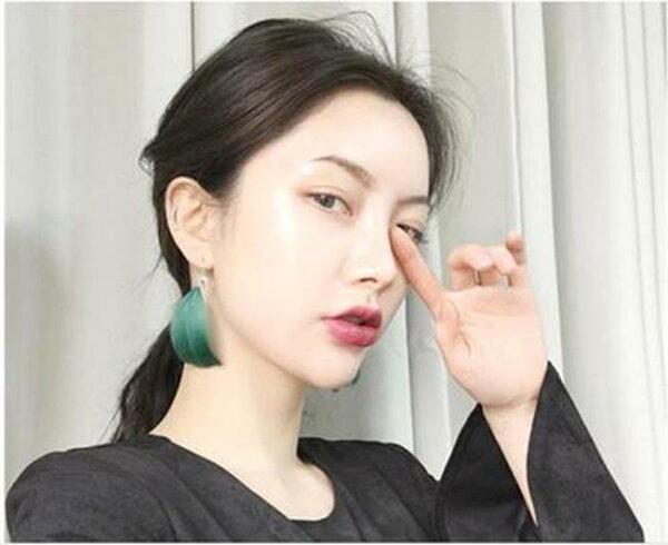 50%OFF【IU015313ER】韓國復古羽毛耳釘女氣質長款耳環耳墜耳飾