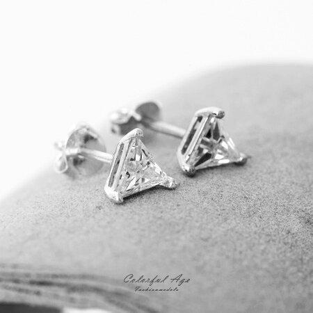 925純銀耳針耳骨耳環 立體三角鋯石穿針式 抗過敏 氧化 閃動切割面光澤 柒彩年代~NPD
