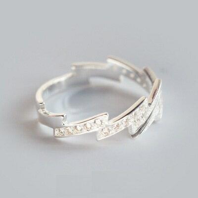 925純銀戒指鑲鑽開口戒~炫麗耀眼閃電 七夕情人節 女飾品73dt365~ ~~米蘭 ~