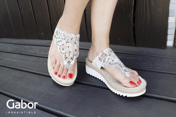 Gabor 雕紋簍空高雅騰滾邊夾腳涼拖鞋 粉 0