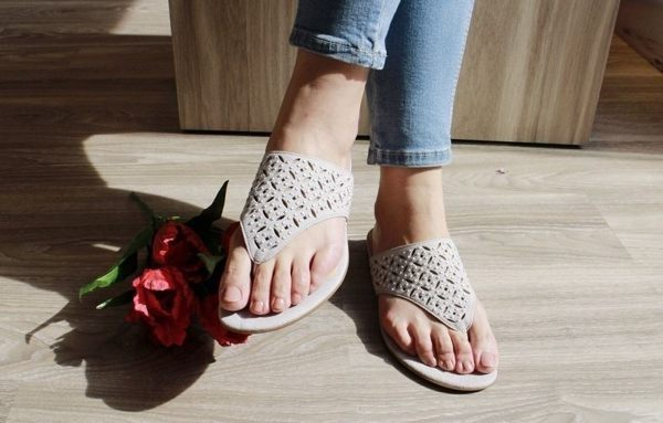 Gabor 鑽飾夾腳涼拖鞋 白 1