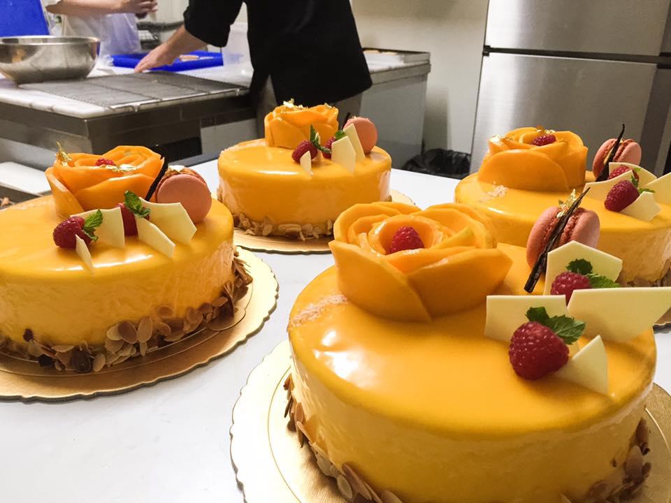 芒果百香果慕斯蛋糕 1