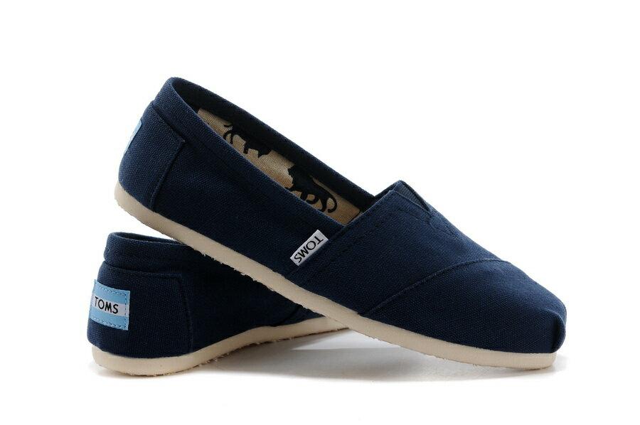 【TOMS】藍色素面基本款休閒鞋  Navy Canvas Women's Classics 0