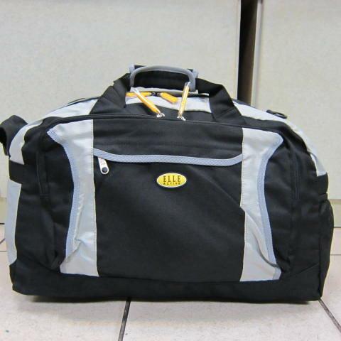 ~雪黛屋~ELLE 旅行袋 超輕防水尼龍布材質 可手提肩背斜側背 大容量可折疊收置抽屜EA716907黑