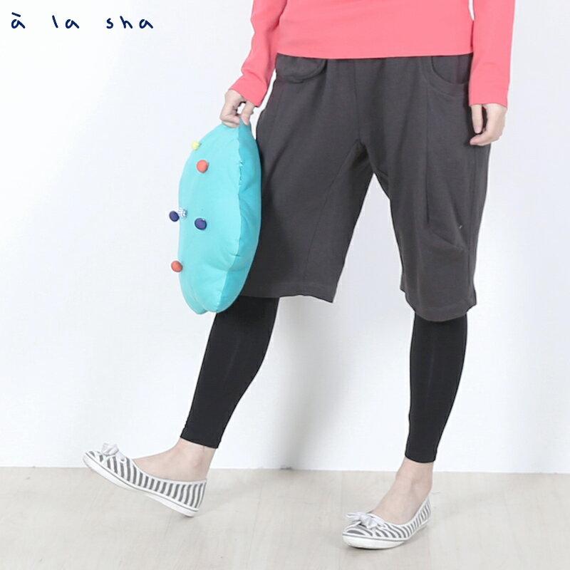 a la sha Qummi 假兩件式動物口袋剪接褲 1