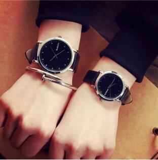 50%OFF【H013645WAH】韓版復古簡約中學生手錶時尚潮流歐美超薄石英男表女表情侶一對表附錶盒