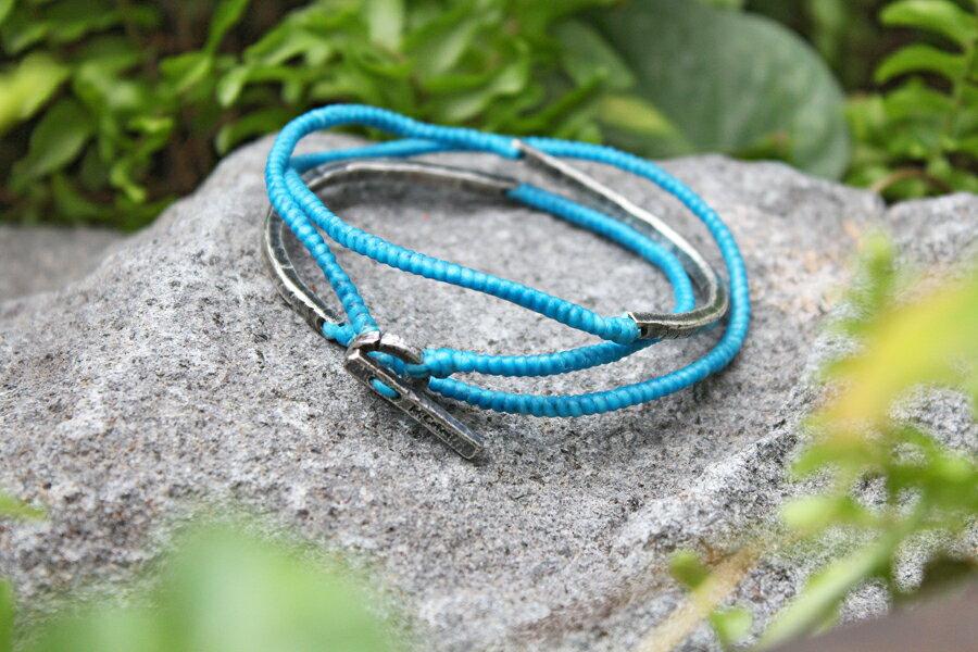 【現貨商品】【M.Cohen】3圈式蠟繩銀牌手環-藍 (MC-B-102300-SLV 07762800B5) 0