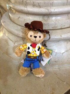 *Yvonne MJA香港代購*香港迪士尼Disney樂園限定正品Duffy達菲熊胡迪特別版吊飾鑰匙圈