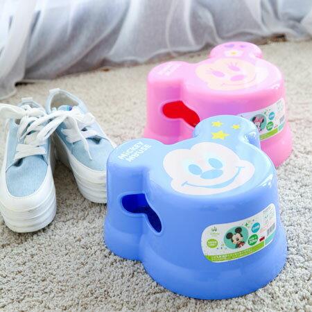 日本進口 正版迪士尼造型兒童用浴室椅 小板凳 小椅子 兒童椅 米奇 米妮 日貨【B061449】
