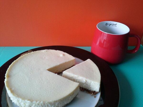 【Honeys 】重乳酪No4原味起士蛋糕 (6吋) 香濃乳酪在夏日裡化成綿密冰淇淋口感