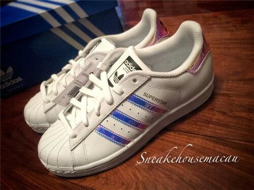 Adidas 三葉草貝殼頭系列 經典運動女鞋 36-39