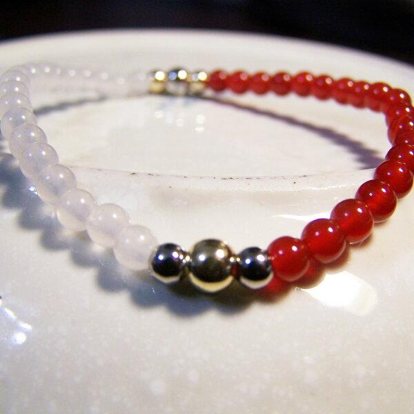 be young【比漾】Mini 秀麗手環 (紅瑪瑙+晶白玉) 單圈手鏈