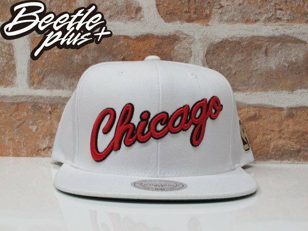 BEETLE MITCHELL&NESS NBA CHICAGO BULLS JORDAN  芝加哥 公牛 喬丹 白紅 草寫 LOGO SNAPBACK 後扣棒球帽 0