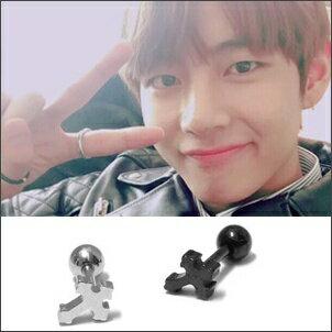 BTS V  同款韓國쿠마치迷你花邊十字穿刺耳環 (單支價)