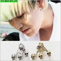 | Star World。Earring | B.A.P ZELO 同款三角點骷髏耳釘耳環 (單支價)