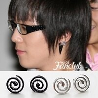 | Star World。Earring |  FTIsland 李弘基 同款鏤空漩渦造型耳釘耳環 (單支價)