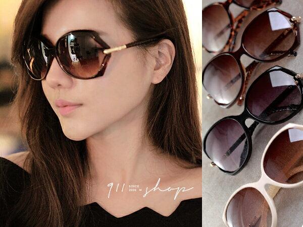 *911 SHOP*【f704】Sassy.華麗側金屬交叉紋腳架鏤空大方框太陽眼鏡