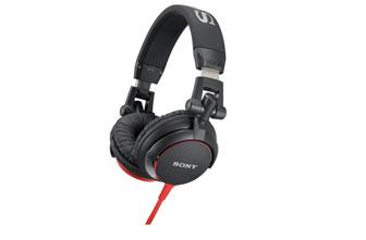 展示出清 SONY MDR-V55 耳罩式立體耳機 經典DJ耳機設計重現,耳機線採彩色扁平線,精緻設計更耐用