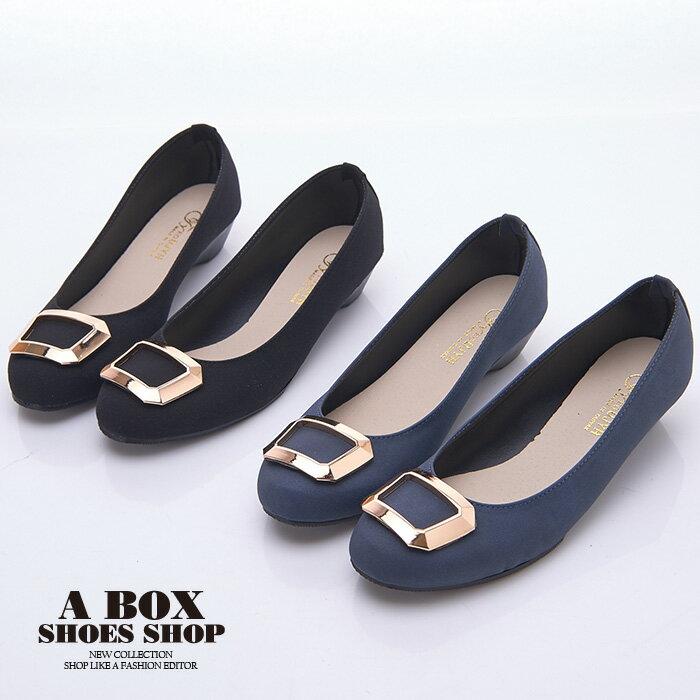格子舖*【AW1280】MIT台灣製 簡約時尚絨布材質金屬框設計 3.5CM低粗跟 圓頭包鞋 2色 0