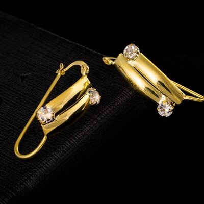 純銀耳環鍍18K金鑲鑽耳飾~俏麗端莊百搭七夕情人節 女飾品73cx69~ ~~米蘭 ~