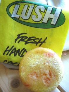 *Realhome* 英國手工香芬名牌 LUSH ~蜂擁洗髮餅 (洗潤合一)