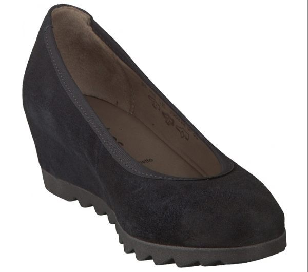 Gabor 英倫麂皮素面低跟鞋