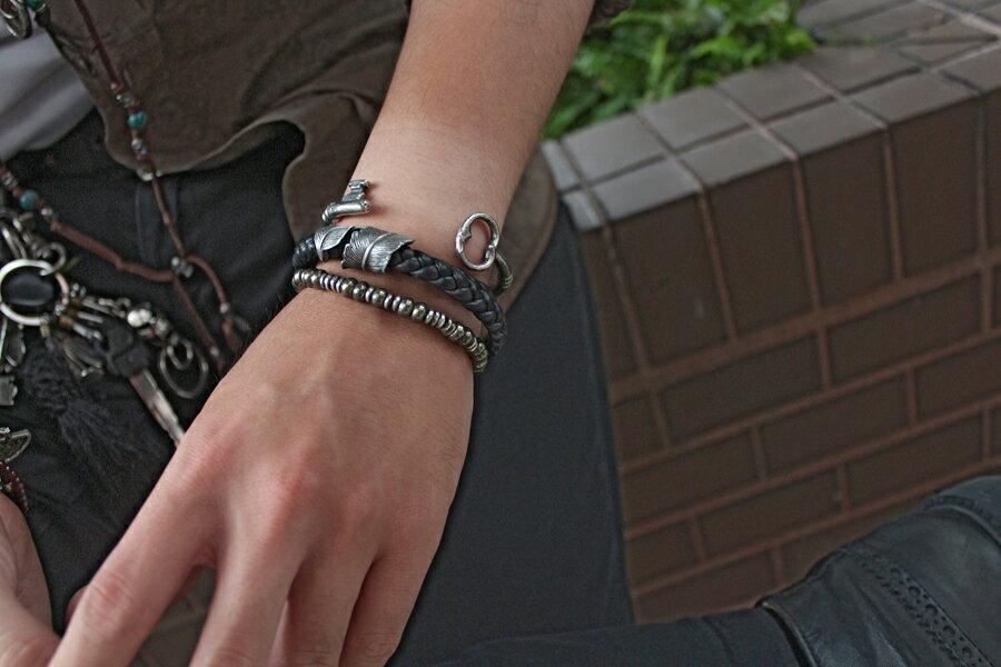 【現貨商品】【M.Cohen】編織皮革扣羽手環 (MC-B-10705-SLV 0977000004) 2