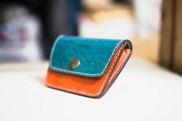 皮件 手工皮革 玩色系 零錢包 + 一卡層(後面)