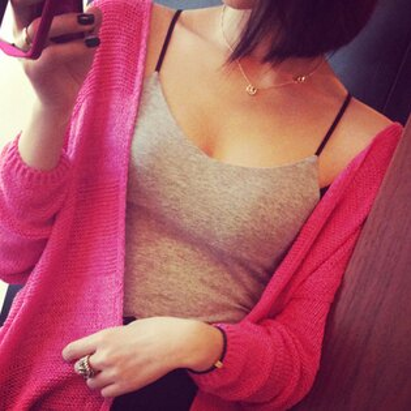 SISI【V5019】性感曲線 低胸爆乳純棉背心小吊帶上衣 修身吊帶露背小可愛