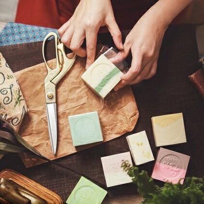 《雪文洋行》禮物系列~草地上的哲學家三入禮盒組 1