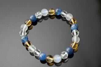 月光石&藍晶石&黃水晶&白水晶:月亮石或稱藍月光石和月長石。因有美麗的貓眼光芒,所以,亦稱為彩虹月亮石。 月亮石可幫助平伏煩燥的心情,提升女性的柔美本質。幫助個人舒適地入睡,還有美顏的特效。87.85ct 0