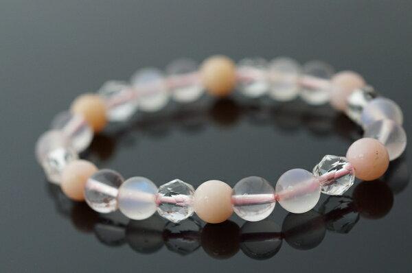 月光石&冰粉晶&粉紅澳寶&水晶手鍊  提升女性的柔美本質。73.65ct